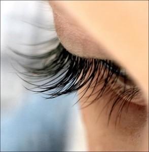 Eyelashes long