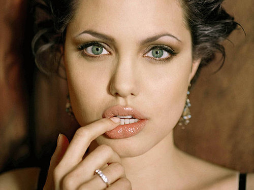 Every woman wants full, luscious lips like Angelina Jolie, but of course