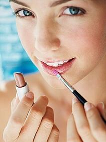 http://www.rewaj.com/wp-content/uploads/2010/10/ideal-shade-of-lipstick.jpg