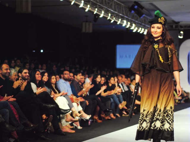 Second PFDC Sunsilk Fashion Week     Day 4   Rewaj - All About Women    Zeba Bakhtiar Second Marriage