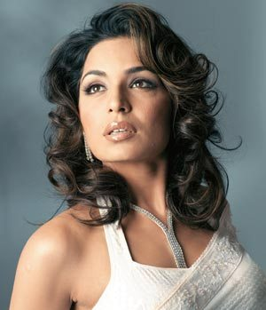 pakistani actress meera is not happy with the way her fellow actress