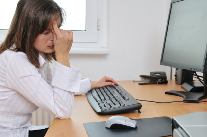 Prevent Eye Strain in Computer & Mobile Users