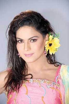 Veena Malik for Indian Premier League