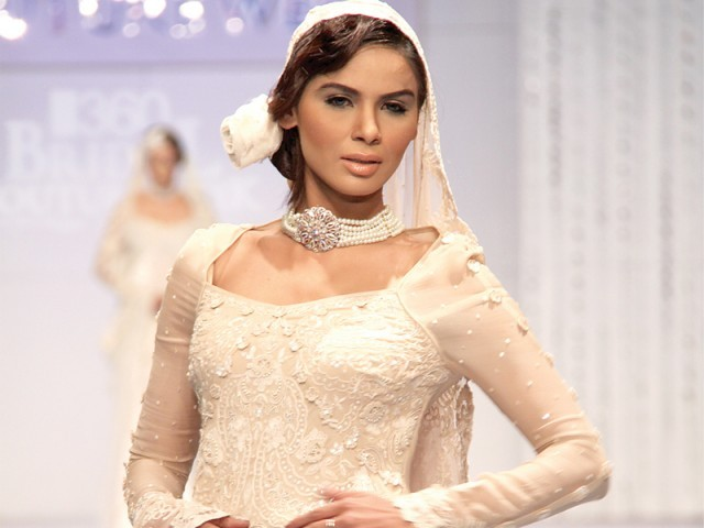Maheen Khan Bridal couture week 2011
