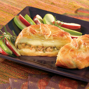 Baked Brie in Puff Pastry Recipe