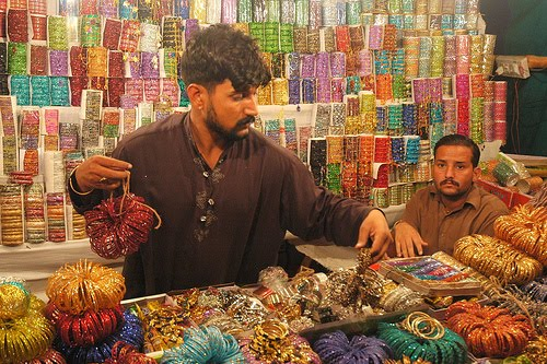 chand raat bangles shopping karachi