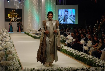 Wasim Akram Pantene Bridal Coture Week 2011
