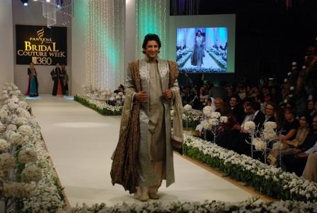 Wasim Akram Pantene Bridal Coture Week 2011
