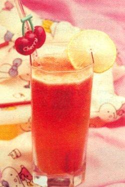 Tomato Orange Juice for Healthy Skin