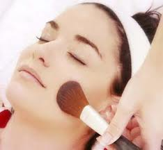 Beauty How to Put on Face Makeup