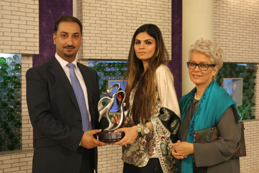 Shehla Chatoor wins Eitehad Most Inspiring designer Award for Fashion Pakistan Week 2012