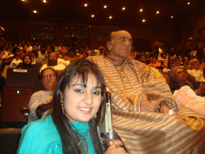 Sara Raza Khan with mehdi hassan
