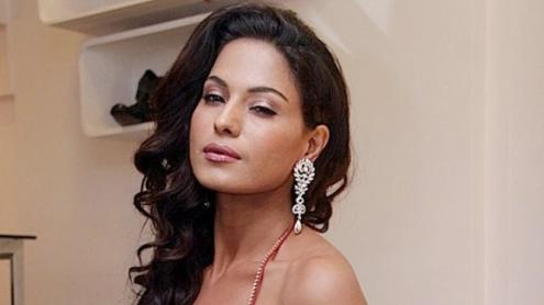 Veena Malik hero tv show astaghfaar