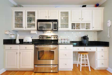 Kitchen Cabinets Photos on The Full Replacement Of Kitchen Cabinets However Cabinet Refacing Is